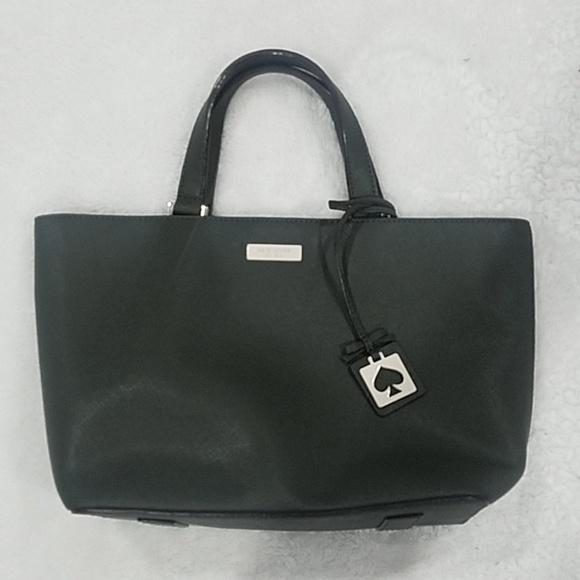 kate spade Handbags - Kate spade hand bag